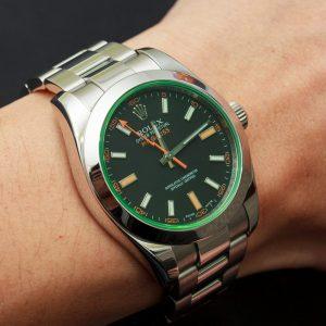 Đồng hồ Rolex Milgauss 116400GV mặt số đen