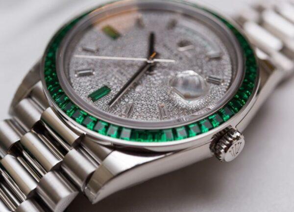 Đồng hồ Rolex Day-Date 40 Green Emerald Platinum 228396TEM